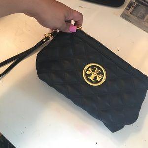 Handbags - Tory burch wristlet
