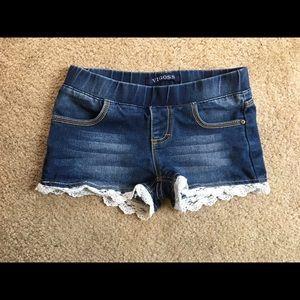 Vigoss Other - Vigoss Jean shorts- Girls