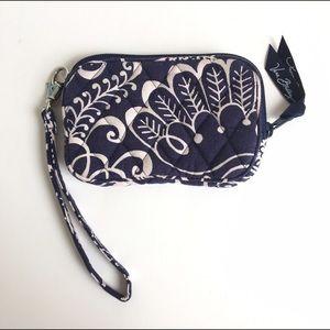 Vera Bradley Handbags - Vera Bradley Twirly Bird Mini Wallet Wristlet