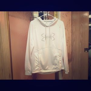♥️♥️nwot. under armour thin hoodie.♥️♥️