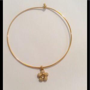 Jewelry - Rhinestone Flower Choker