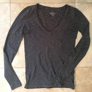 J. Crew Tops - J.Crew Vintage Cotton Long Sleeve Gray Striped top