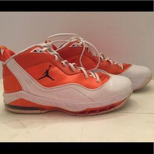 JORDAN Melo basketball sneakers, immaculate