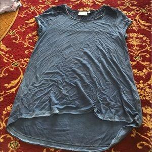 Dantelle Tops - Flower shirt
