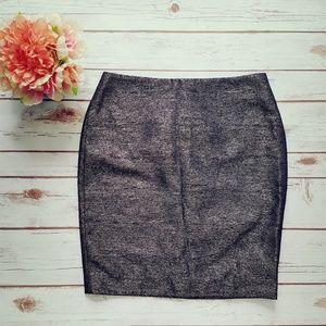 ❤SALE! Black/Gold Pencil skirt