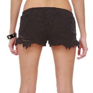 Billabong Shorts - Billabong lace black festival shorts
