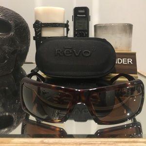 Revo Accessories - Revo sunglasses