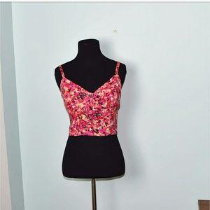Tops - Adorable Pink Abstract Design Crop Top