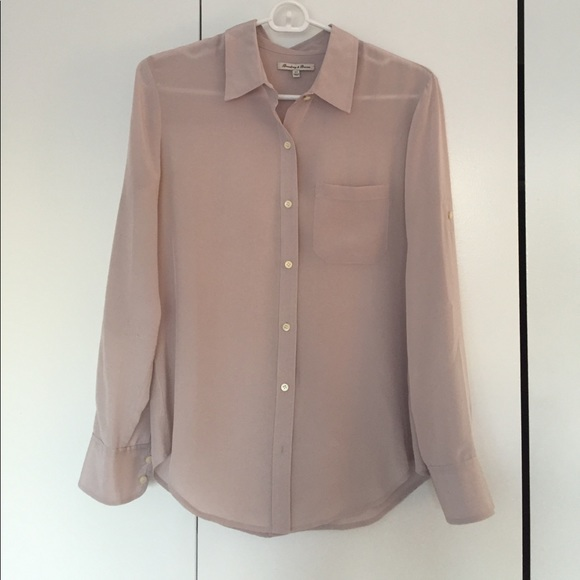 3e0bba9cb2fae Madewell Tops - MADEWELL Broadway   Broome Silk Button Down Blouse