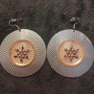 Jewelry - NWOT silver toned earrings w/ Swarovski elements
