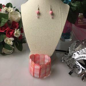 Jewelry - 🎉HP🎉 Bracelet and Earrings Set