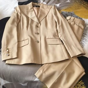 Anne Klein Other - New, no tags Gold 2 Piece Suit