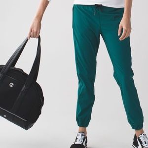 Lululemon Track To Reality III in Forage Teal