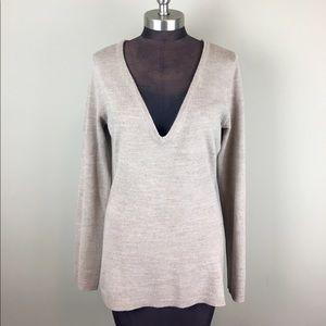 New York & Company Sweaters - 💰$5 SALE❗️NY&Co | Deep V Sweater