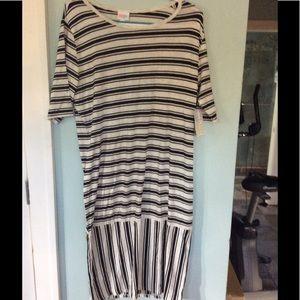 Dresses & Skirts - Lularoe Julia 3x new w tags