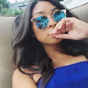 "Quay ""Asha"" blue mirror sunglasses"
