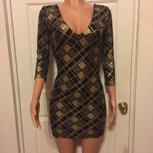 Gorgeous Gold & Black Stretchy Form Fitting Dress