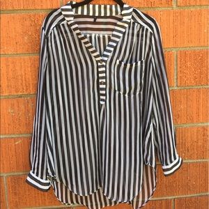 Zinga Tops - Cute sheer striped blouse. Snag shown in last pic