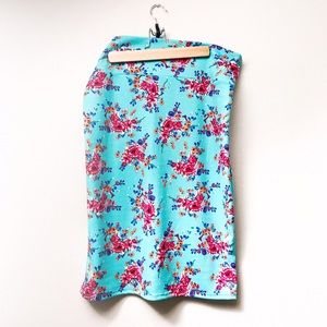 Agnes & Dora Dresses & Skirts - ✨HP✨ Plus // Agnes & Dora Floral Pencil Skirt