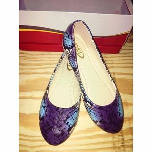 Yoki Shoes - Faux Snakeskin Flats