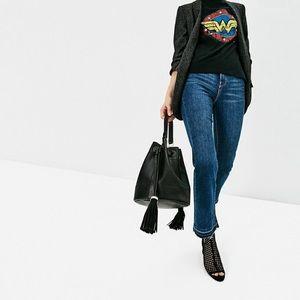 NWT Zara Tassel bucket bag! 