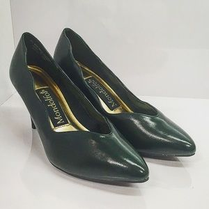 Mondolfo Shoes - Deep Green Non-Slip Scalloped Heels, Size 6