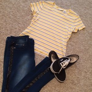 croft & barrow Tops - CROFT & BARROW yellow striped stretch tee shirt