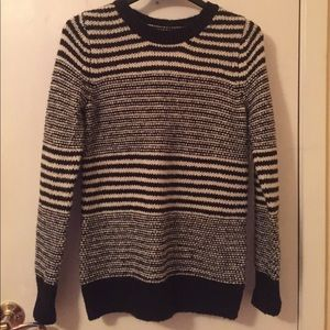 Old Navy Sweaters - Black and White sweater