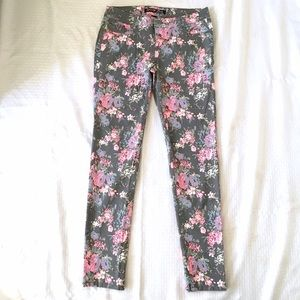 Celebrity Pink Denim - Grey Floral Skinny Stretch Jeans Cotton Spandex