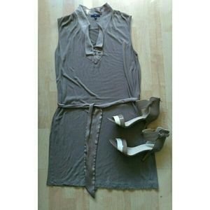 GAP Dresses & Skirts - New!🎉🎇Gap T-shirt Dress w/Satin Detail