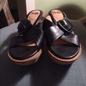 Soft Gallery Shoes - Soft Black Leather Sandal Wedges