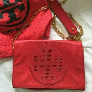 Tory Burch Handbags - FINAL PRICE DROP!! ❤ Tory burch red kipp crossbody