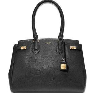 henri bendel Handbags - Henri Bendel Carlyle Tote in Black