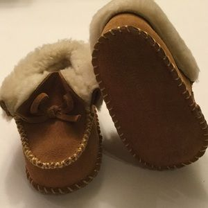 Tucker + Tate Other - NWT TUCKER+TATE 100% leather infant moccasin