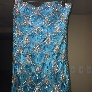 Dresses & Skirts - Blue prom dress gown