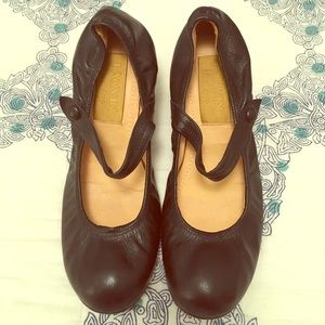 Lanvin Shoes - Black leather Lanvin Mary Janes with kitten heel