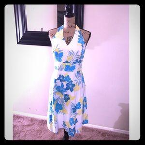🌼🎉H P🎉 Summer Ready! Halter AnnTaylor Dress