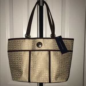 Tommy Hilfiger Handbags - Tommy Hilfiger Tote - Brand New With Tag