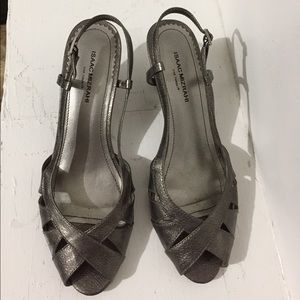 Isaac Mizrahi•Pewter Wedge Sandals•Size 7.5