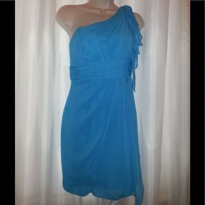 Short Turquoise One Shoulder Formal w/ coverlet.