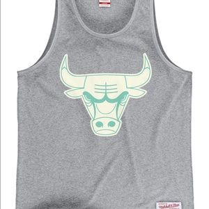 Mitchell & Ness Tops - Grey Chicago Bulls Tank with Teal Outline