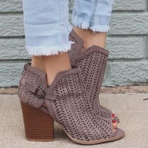 CAITLIN cut out booties - TAUPE