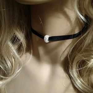 101 California Street  Jewelry - Beautiful Adjustable Chocker Swarvorski Crystal