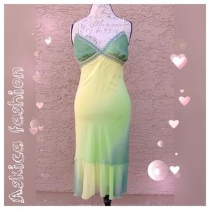 Bisou Bisou Dresses & Skirts - Bisou bisou midi dress