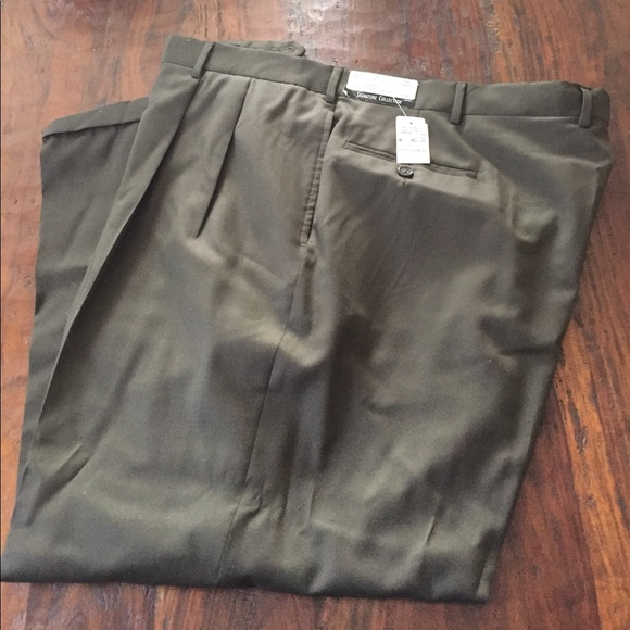Jos A. Bank Other - Jos A. Bank olive green dress pants