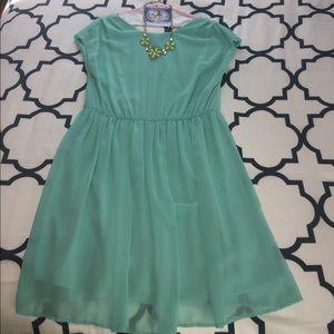 Xhilaration Dresses & Skirts - Mint Green Cuff Sleeve Flowy Dress - L