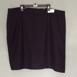 Linden Dresses & Skirts - NWT 2pockets black pencil skirt size 26