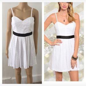 Dresses & Skirts - NWT white eyelet summer dress