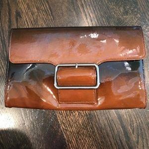 HOBO Handbags - Hobo Clutch 👛