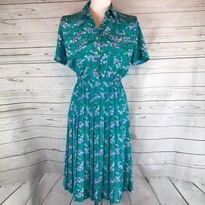 Leslie Fay Dresses & Skirts - Leslie Fay vintage dress green floral